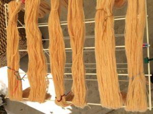 natural yarn dyeing - onion skin