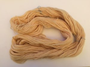 natural wool dyeing - onion skin
